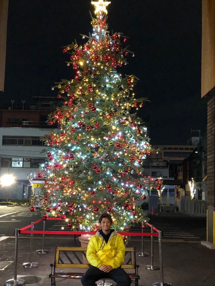 大型クリスマスツリー 設置風景