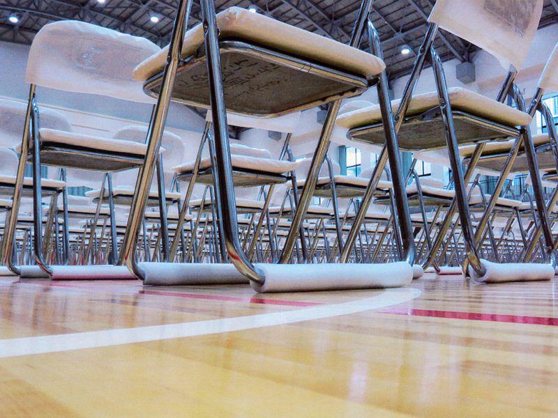 パイプ椅子用保護カバーはイベント21京都支店にお任せあれ!